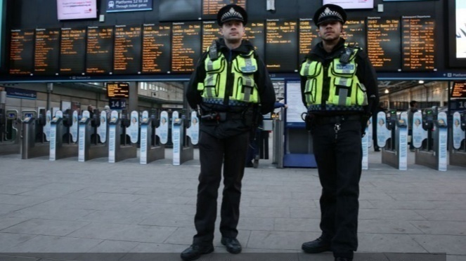 Sign the TSSA petition to save British Transport Police